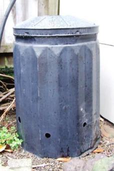 Black compost bin.