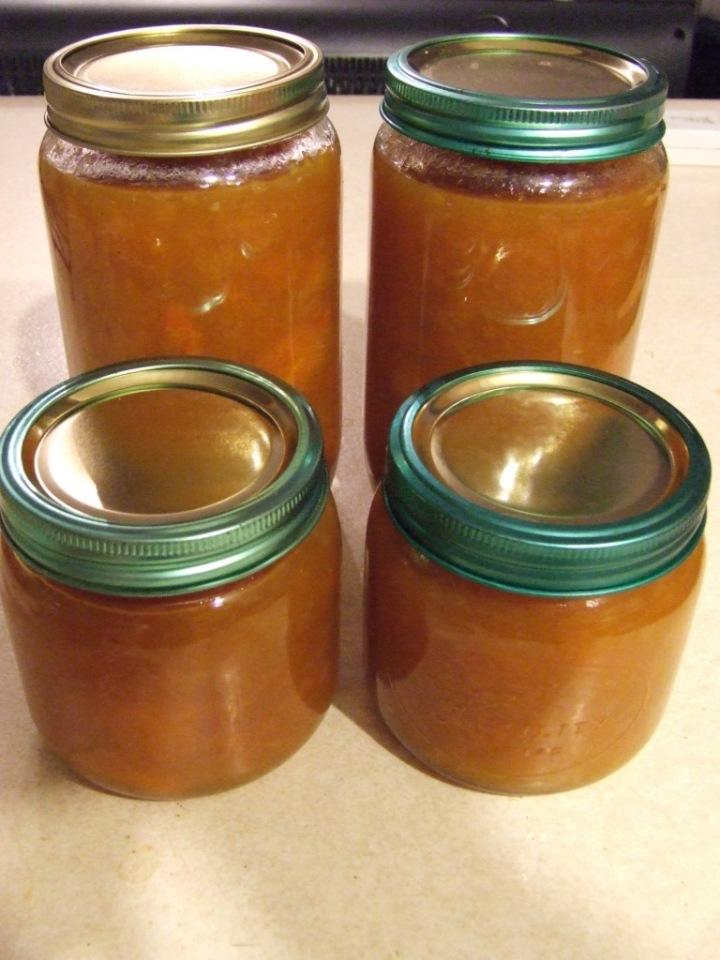 Apricot chutney full jars