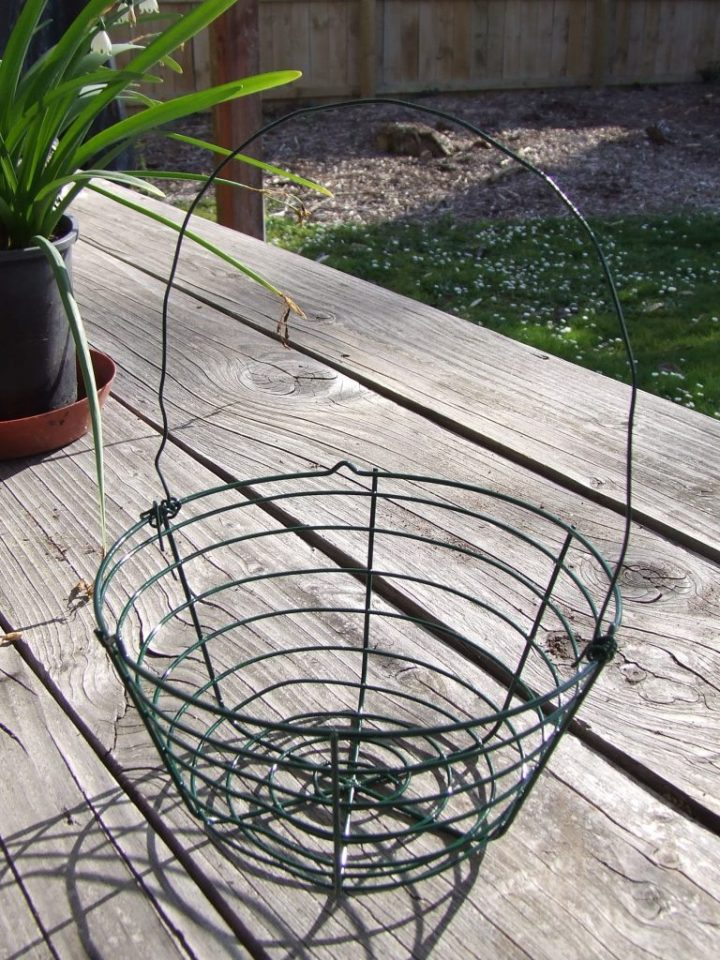 Wire basket 2