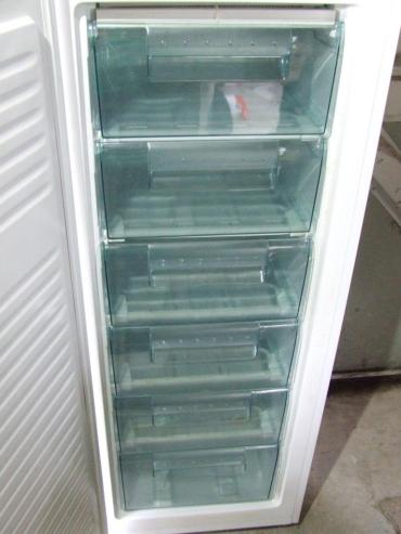 Six storage drawers. Oh the possibilities! I reeeally like upright freezers.