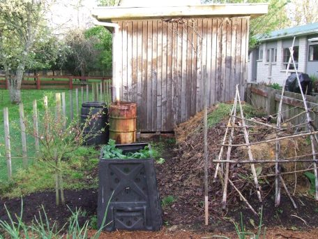 Ye old rusty rain barrel.