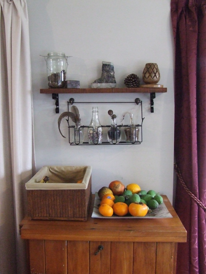 Rustic shelf feature 2