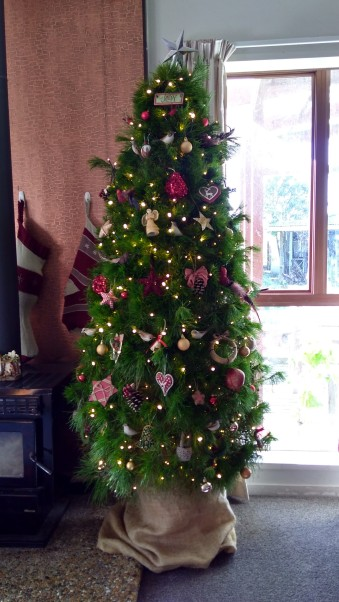 The Christmas tree: the non-concentrated mass of decorations version.