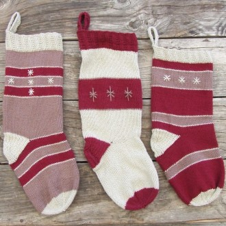 The knitted stocking family is altogether now.