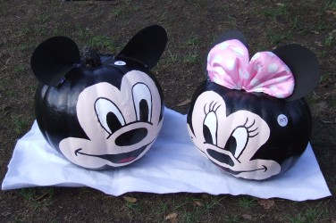 The Micky and Minnie pumpkins charmed the judges.