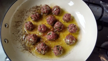 This is how I roll - making cocktail meatballs for The Little Fulla's party.