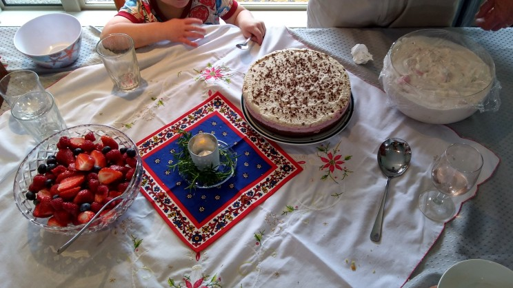And dessert. The raw, cold cake The Mother made was one of the highlights for me.